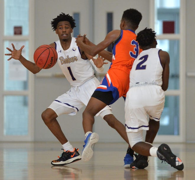 Booker High defeated Hardee High 71-57 in the first game of the 29th annual Suncoast Holiday Classic on Monday, Dec. 28th at Riverview High.  The tournament continues through Wednesday.