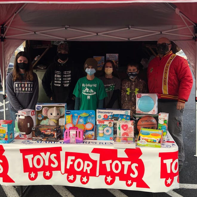 Big Springs 4-H was one of the groups that helped collect for the Siskiyou County Toys For Tots this year.