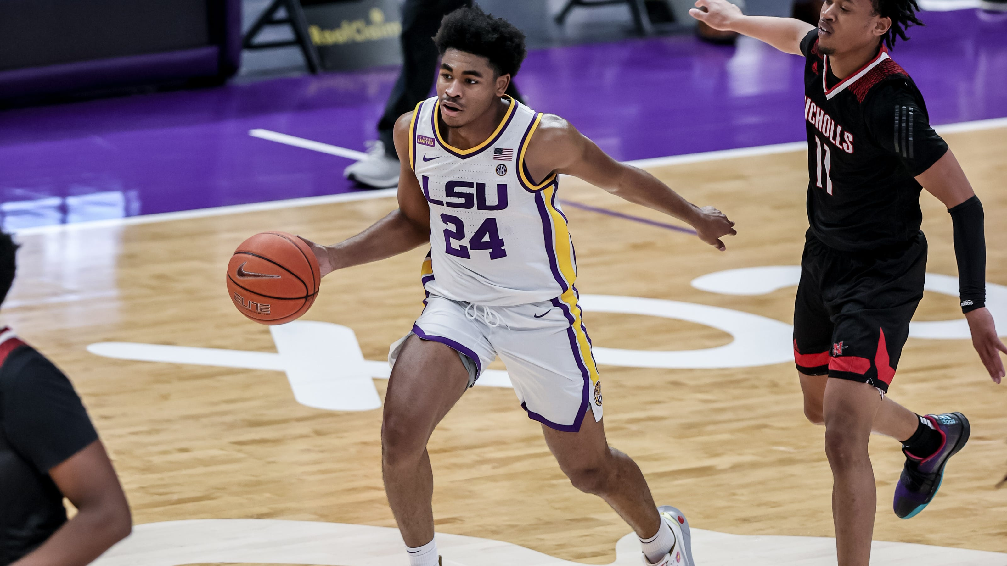 LSU guard Cam Thomas: 5 facts as Tigers compete in NCAA Tournament