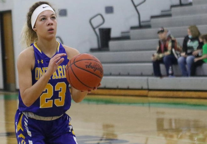Ontario's Carleigh Pearson scored 24 points, 11 in the fourth quarter, in a win over Clear Fork.