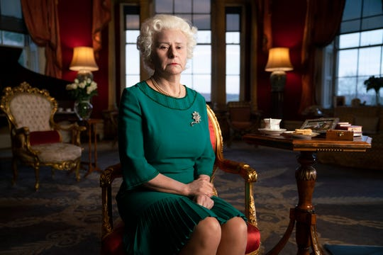 "Tracey Ullman as Queen Elizabeth II on Netflix's ""Death to 2020."""