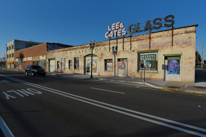 The abandoned Lee & Cates Glass Company building at 905 W. Forsyth St. is shown on Friday, December 18, 2020.