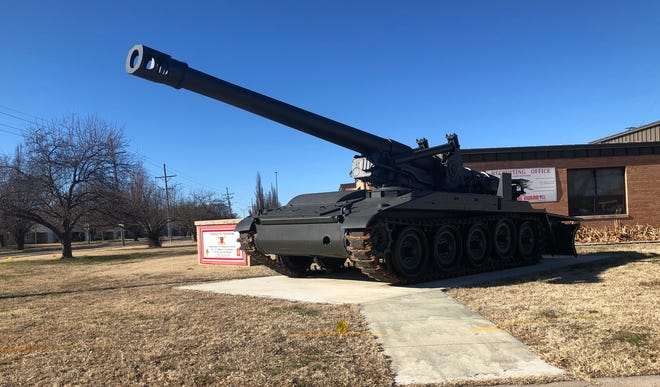This M110 howitzer is on display outside the National Guard location in Hutchinson.