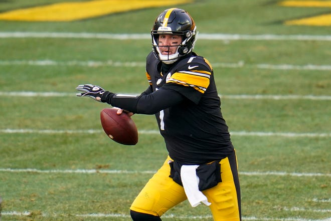 Pittsburgh Steelers quarterback Ben Roethlisberger (7) looks to pass during the first half of an NFL football game against the Indianapolis Colts, Sunday, Dec. 27, 2020, in Pittsburgh. (AP Photo/Gene J. Puskar)