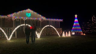 Winners named in Pleasure Island holiday light contest