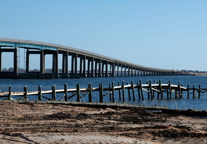 Santa Rosa County commissioners took the first step Thursday in what likely will be a decade-long, multimillion dollar process to build a new Navarre Beach Bridge.