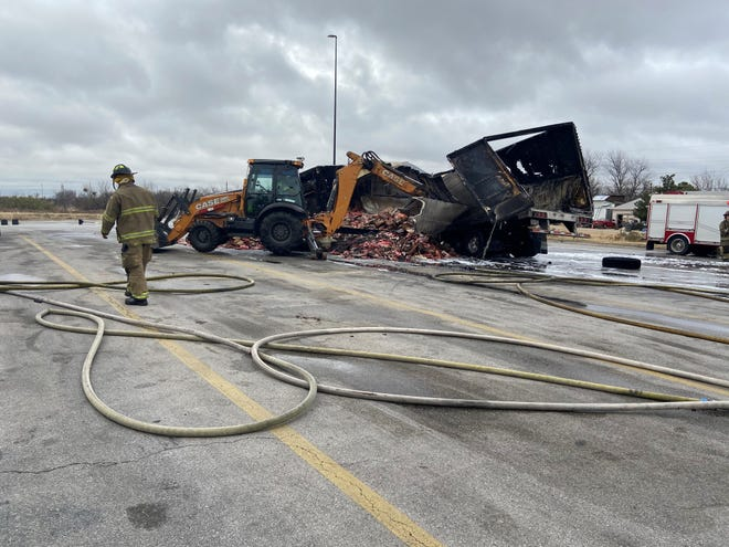 Fire 1229  Wichita Falls firefighters found an 18-wheeler Tuesday morning on fire. The vehicle was carrying bologna, hotdogs, and bacon. The cause is under investigation.