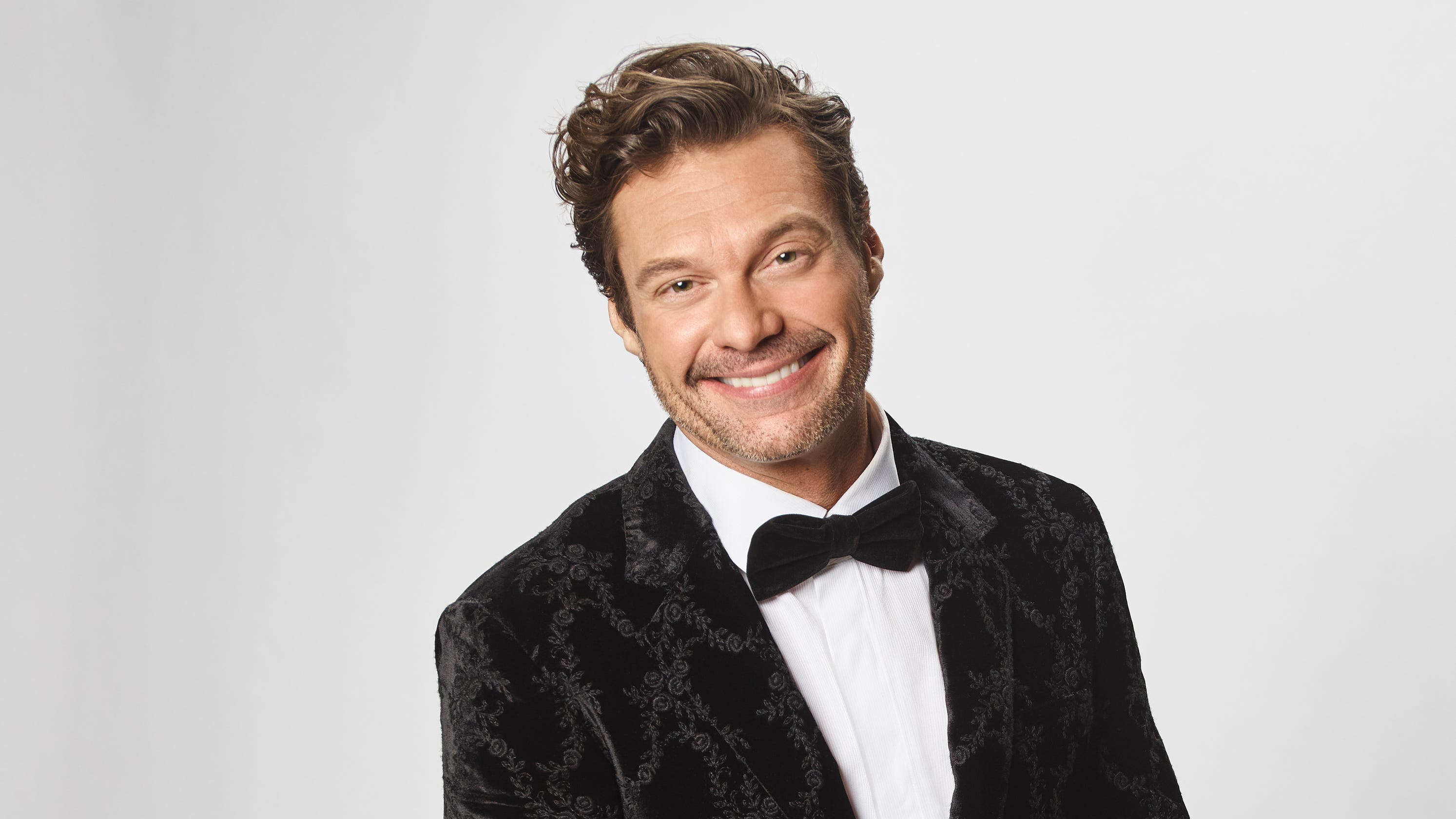 After 14 years with the stars, Ryan Seacrest steps away from co-hosting 'E!'s Live from the Red Carpet' - USA TODAY