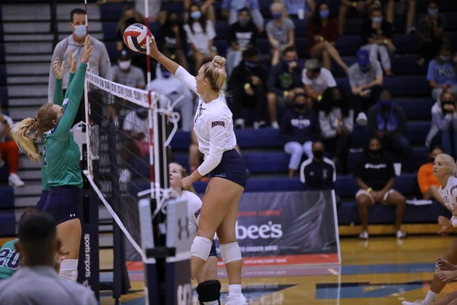 Keiser University junior middle blocker Amber Dilsaver, a graduate of Fort Madison High School, earned all-conference honors for the Seahawks.
