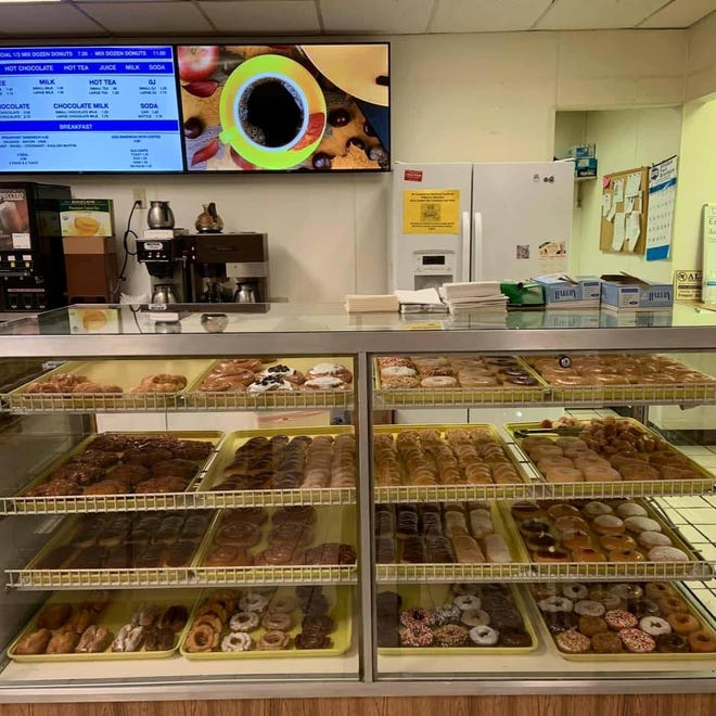 Donut Delite, 1892 S. West Ave., Freeport, will hold its grand opening from 8 a.m. to noon Jan. 2.