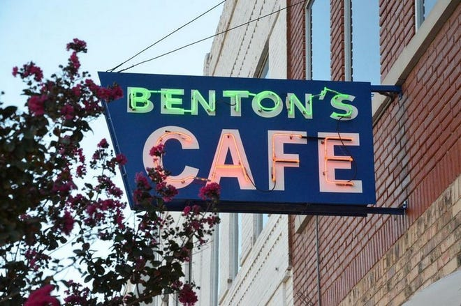 Last week Benton's Cafe closed its business after 71 years of service.