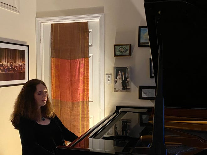 Simone Dinnerstein recorded her recital from her home in Brooklyn, New York, in November.