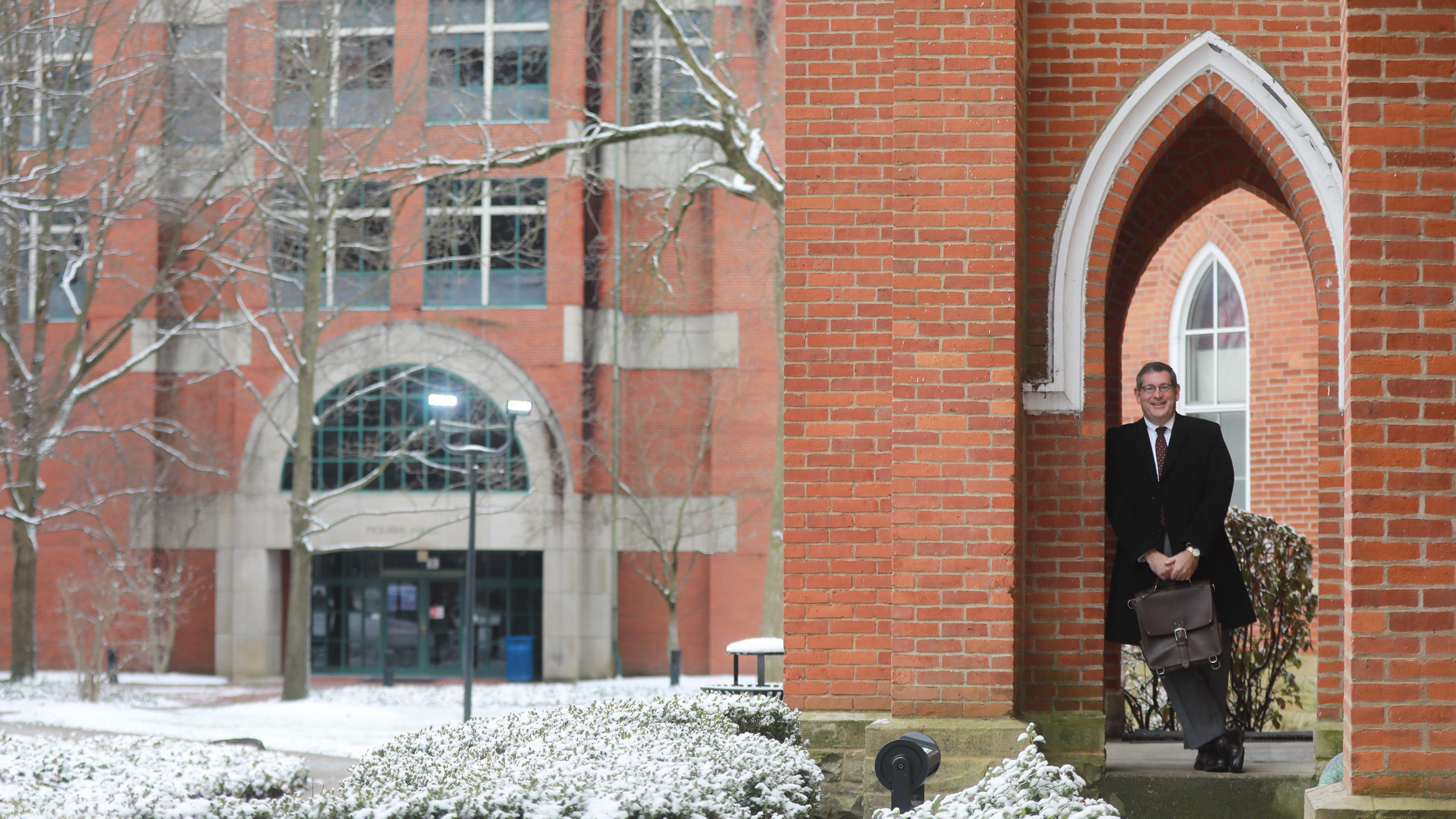 Ohio colleges offer mini semester as COVID prompts longer winter break
