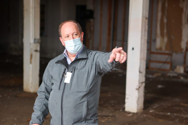 Ravenna's Economic Development Director Dennis West discusses the history and plight of the former factory that stands at 645 South Chestnut Street.