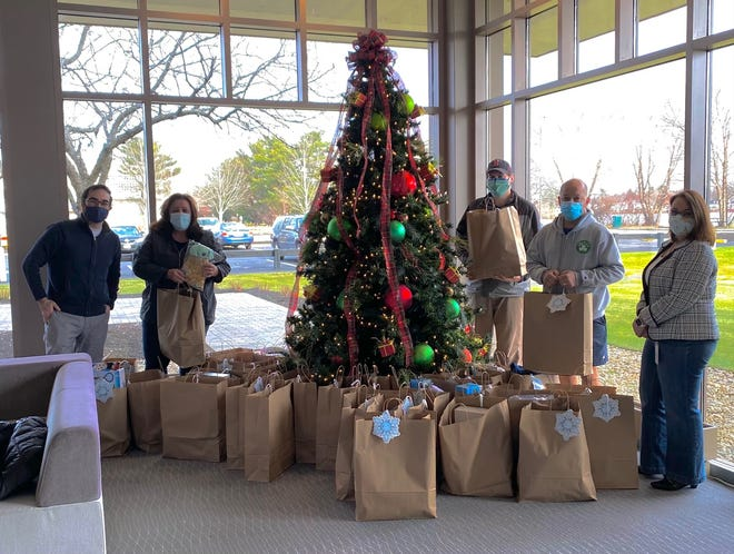 Vestmarkdonated clothes, gift cards, toysand more for 70-pluschildren.
