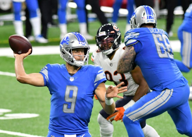 Lions quarterback Matthew Stafford is likely to play Sunday against the Vikings, interim head coach Darrell Bevell said.