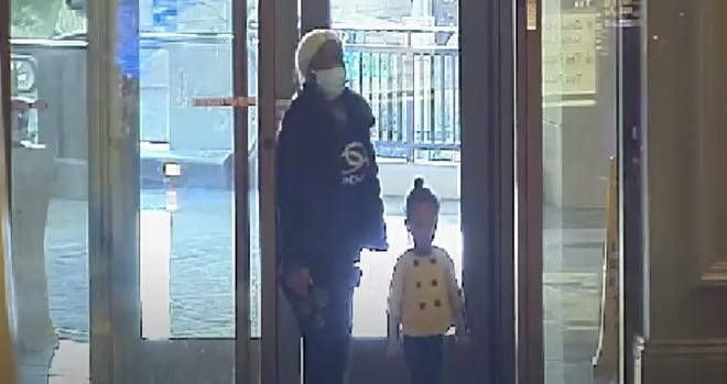 The mother was last seen walking alone northbound on Las Vegas Boulevard – away from the Wynn hotel.The girlis in good health andin the care Child Protective Services.