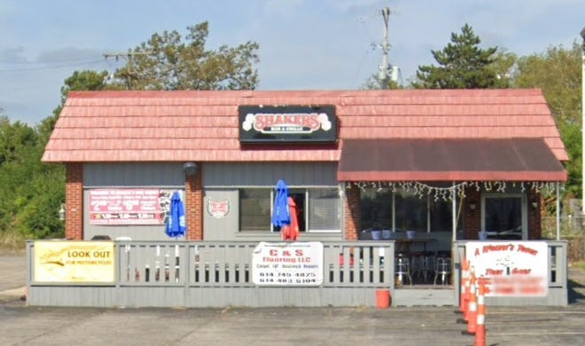 Shakers Bar and Grille, 385 Georgesville Road,  Franklin Township