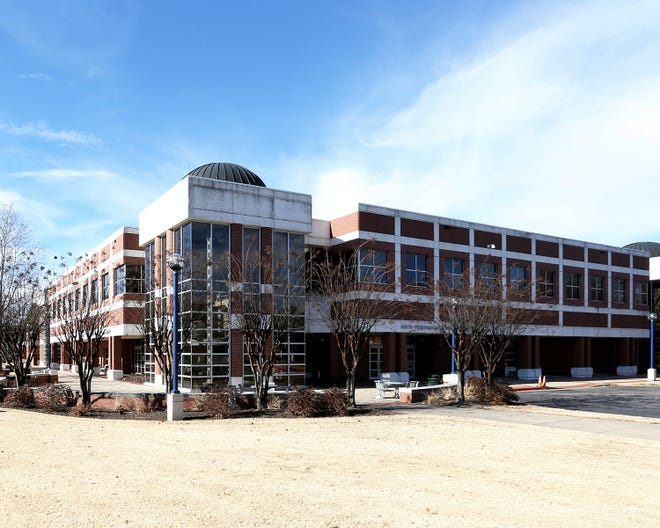Smith-Pendergraft Campus Center on the UAFS campus.