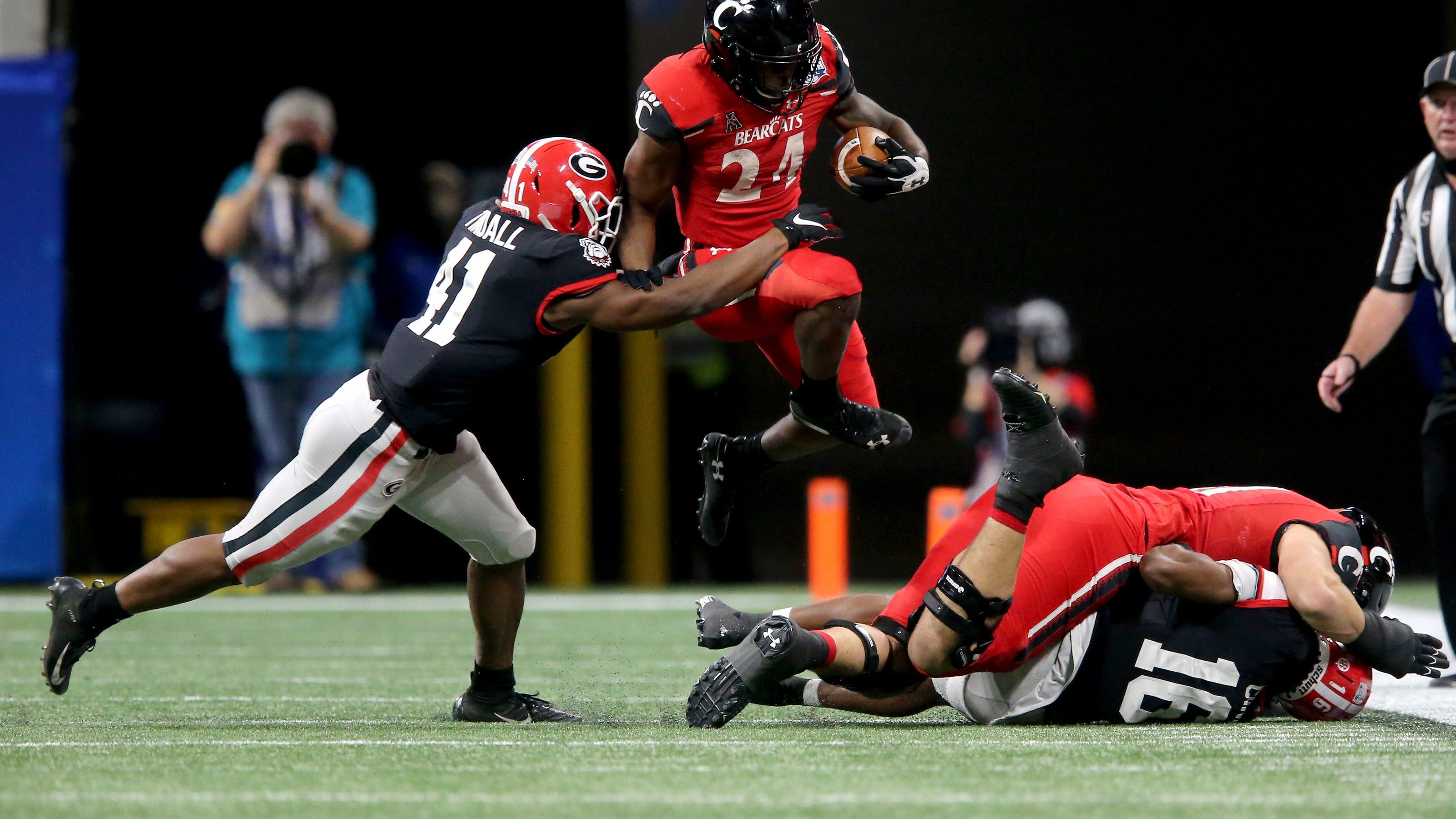 Reactions: Ford's 79-yard TD run increases Bearcats' Peach Bowl lead