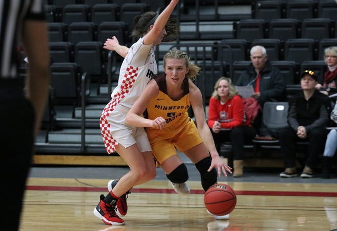 Kylie Post in a game against St. Cloud State last January. Post scored six points in the Golden Eagles' 95-32 loss at Concordia-St. Paul Saturday.