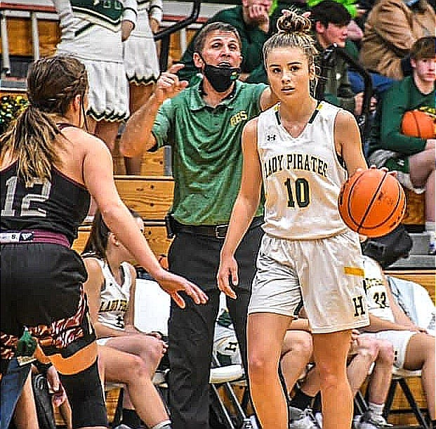 Hicks senior Chloe Wilbanks (10) led the Lady Pirates with 13 points in a loss Friday to Neville, 35-31