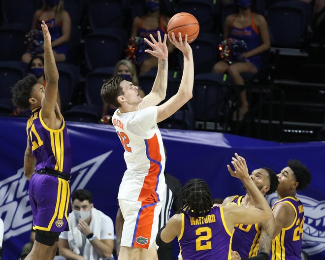 Florida forward Colin Castleton shoots and is fouled Saturday against LSU at Exactech Arena. Castleton finished with 21 points.