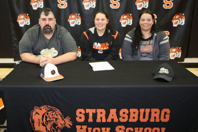 Brionna Christner recently signed to continue her academic and athletic career with Bryant and Stratton College.  The daughter of Eric and Katie Christner, Brionna will major in Nursing and compete as a pitcher for the Bobcats