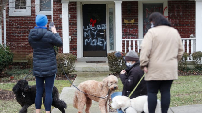 Stimulus checks: Mitch McConnell's home vandalized after ...