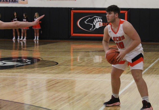 Lucas' Ethan Wallace led the Cubs to a win over Loudonville with 19 points on Saturday night as his team improved to 4-4 on the year.