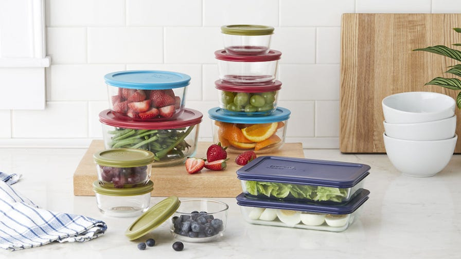 This best-selling Pyrex food storage set is more than half off right now