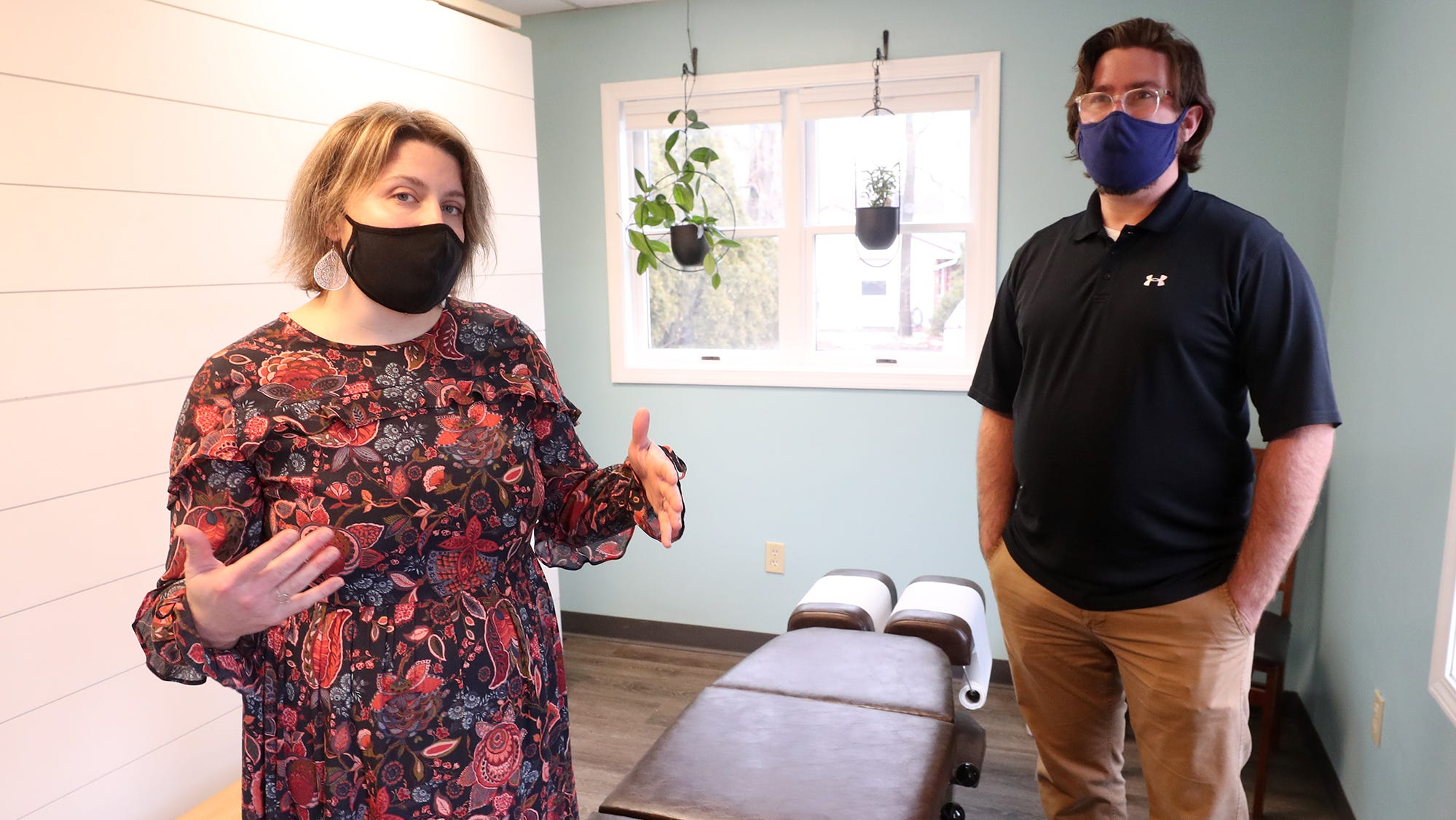 Stow chiropractors start new business in pandemic