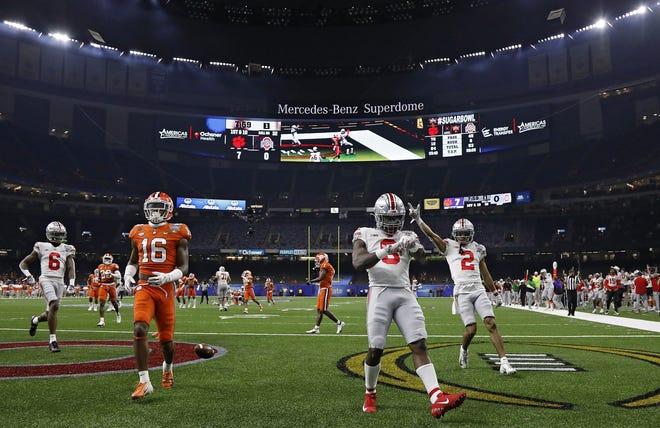 Trey Sermon's postseason performance in 2020, including a 193-yard rushing effort in the Sugar Bowl against Clemson, conjures memories of Ezekiel Elliott in the 2014 season.