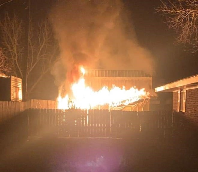 A fire destroys a shed Sunday morning in Cut Off.