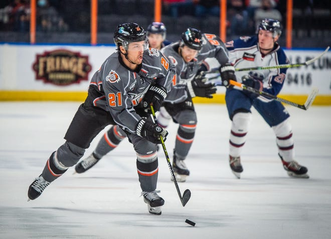 Kansas City Mavericks forward Brodie Reid (21), who leads the ECHL with 21 points, was named the ECHL Player of the Month for January.