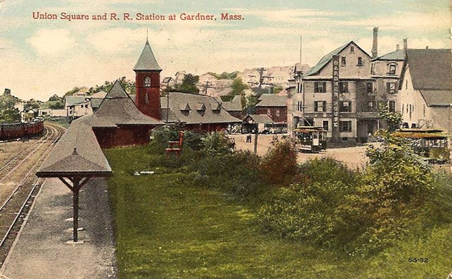A postcard depicts Union Station in Gardner in the 1920s.