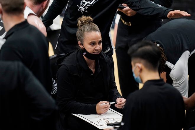 San Antonio Spurs assistant coach Becky Hammon calls a play during a timeout in San Antonio, Wednesday, Dec. 30, 2020.