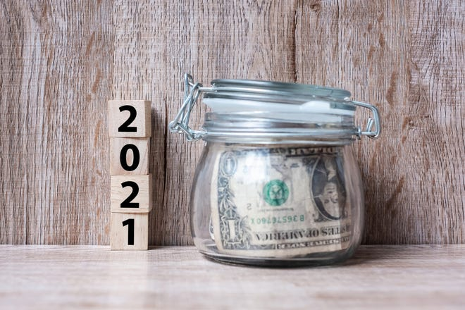 Start off 2021 with some basic financial moves.