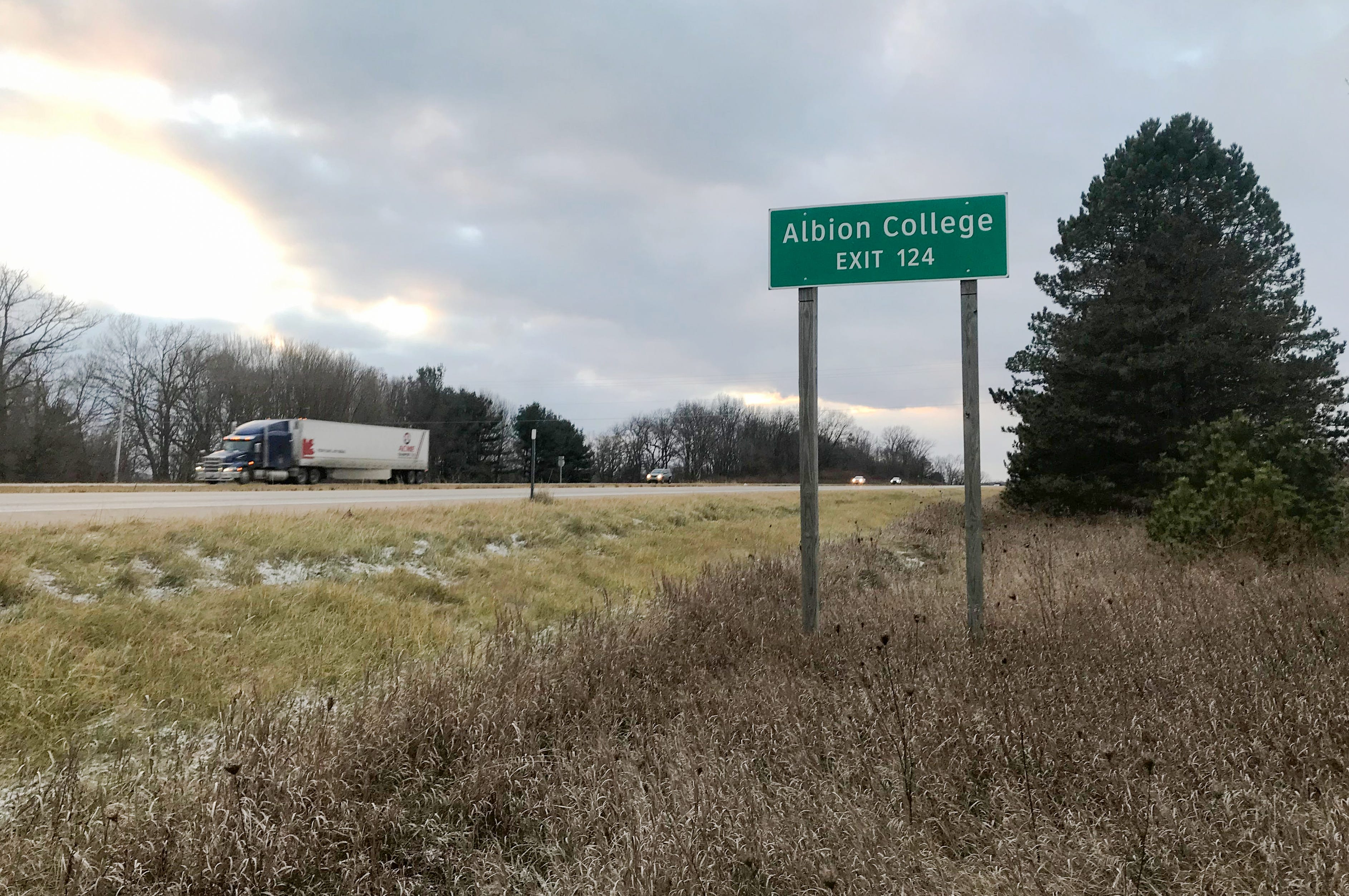 A sign lets motorists on westbound I-94 know when to get off to go to Albion College.