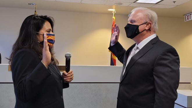 Republican Lea Márquez Peterson is sworn in to office at the Arizona Corporation Commission on Monday, Jan. 4, 2020, by Arizona Supreme Court Chief Justice Robert Brutinel.