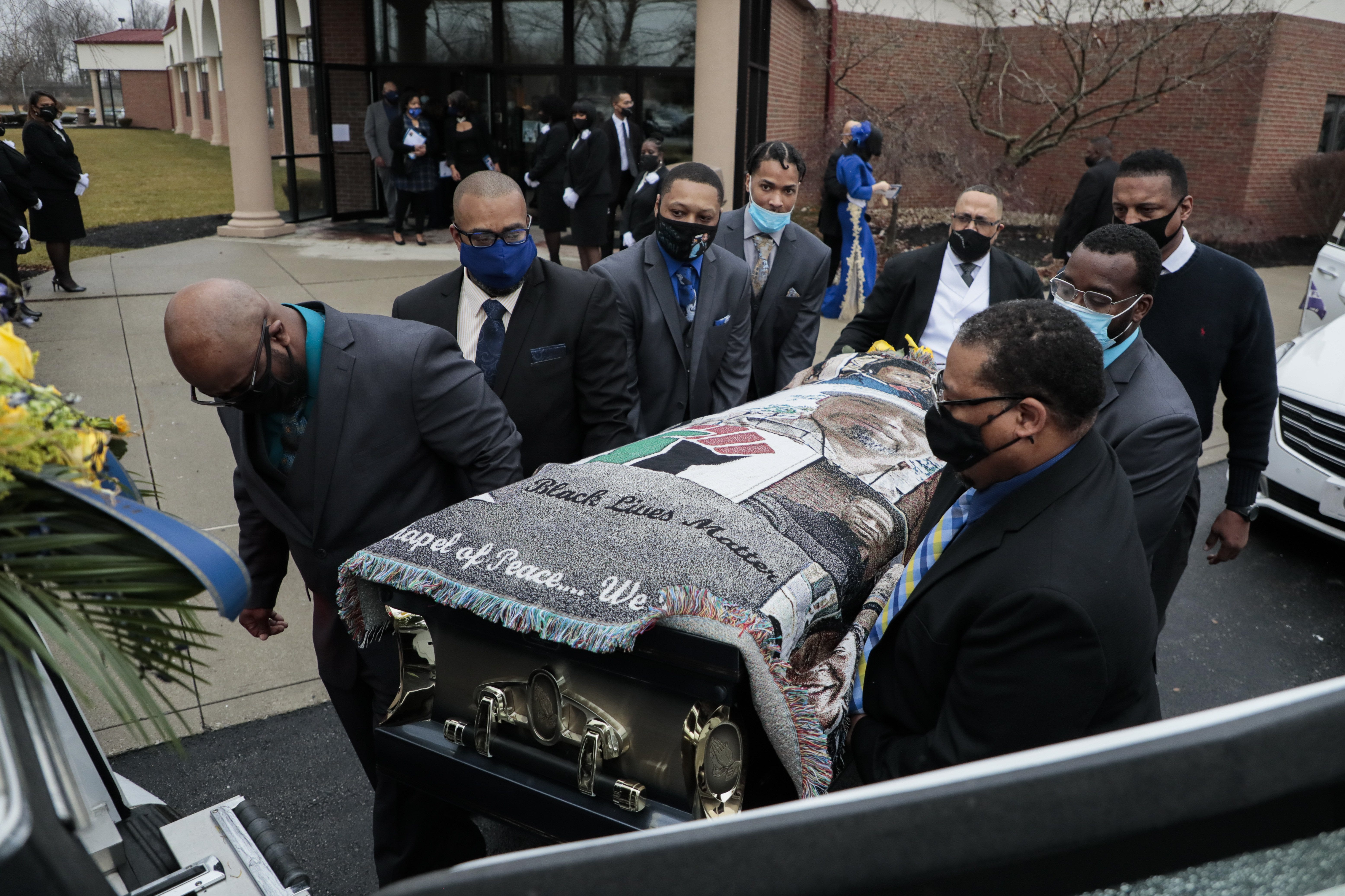 Autopsy shows Andre Hill, an unarmed Black man, was fatally shot 4 times by former Columbus police officer