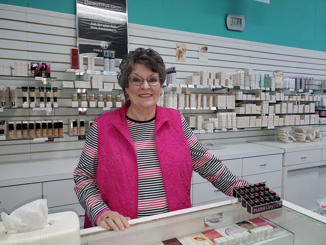 Don Rea Padon has sold her Merle Norman Cosmetic Studio in downtown Lexington and began her retirement this week. She has owned the store in Lexington since 1988, and been a Merle Norman Studio owner since 1983, when she purchased the Merle Norman in Mocksville.