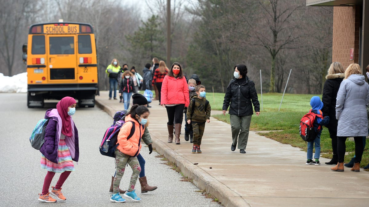 Erie County Executive Kathy Dahlkemper mandates face masks at schools