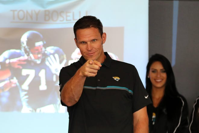 Former Jaguars tackle Tony Boselli was selected as a finalist for the Pro Football Hall of Fame Tuesday.