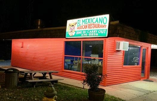 El Mexicano Mexican Restaurant in Peoria reopened Monday after being closed since last March.