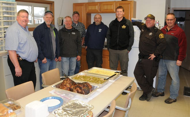 Fulton FOP: The Fulton County Sheriff's Department in Lewistown when food was delivered on Christmas Eve. Pictured are members from the Fulton County Sheriff's Department and Spoon River Valley FOP Lodge 427. From left to right: Dan Daly Jr. - Chief Deputy; Lodge 427 President Ike Hackett; Lodge 427 Sergeant at Arms Scott Deford; Secretary Karl Williams; Farmington K-9 Officer Andy Steck; Fulton County Sheriff's Department Lead Investigator John Webb; Deputy Ryan Maricle; and retired Conservation Police Officer Dan Sandman.