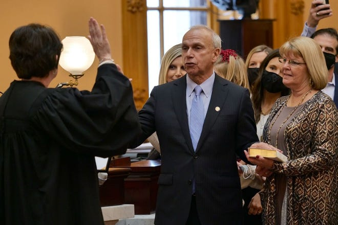 State Sen. Jerry  Cirino took the oath of office surrounded by family and friends during today's opening ceremony for the 134th General Assembly. Judge Mary Katherine Huffman of the Montgomery County Court of Common Pleas adninistered the oath of office.