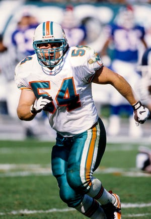 Miami Dolphins linebacker Zach Thomas for the second year in a row is among 15 modern-era finalists for the Pro Football Hall of Fame. Thomas played 13 seasons in the NFL after starring at Texas Tech.