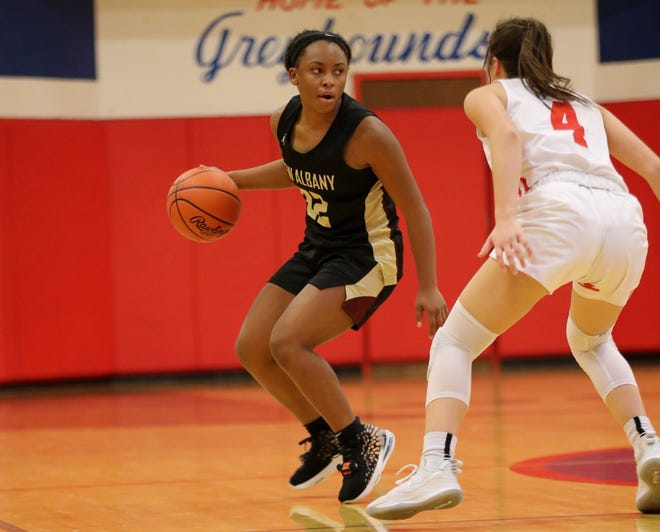 """Tymber Wynn stepped up to become New Albany's primary point guard while Brooklyn Gammon was out with an illness, and she helped the Eagles get out to a 4-0 start. """"We've kind of had to piece things together,"""" coach Phil Sikorski said. """"We've hung in and made adjustments."""""""