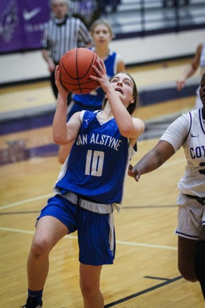 Kaelyn Miller scoring two of her eight points in the win over Anna.